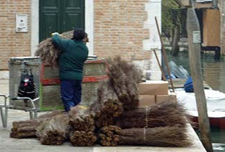 AMAV worker in Venice