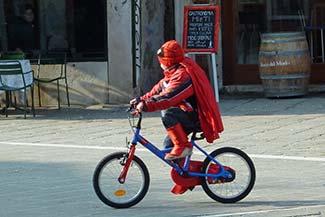 Bicycle rider in Campo Santa Margherita
