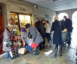 Nadia shop - Campo San Barnaba