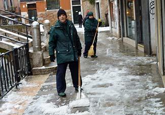 Venice snow removal