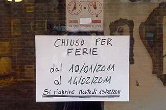 Venice chiuso per ferie sign