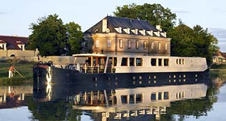 French Country Waterways hotel barge ADRIENNE