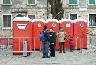 Portable toilets in Venice