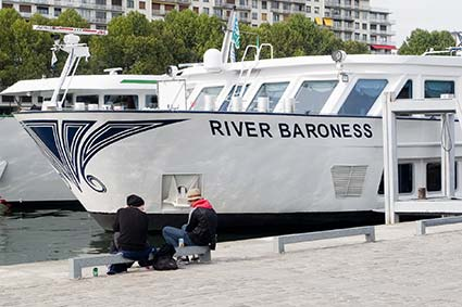 Uniworld RIVER BARONESS in Paris