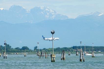 Delta 767 in Venice, Italy