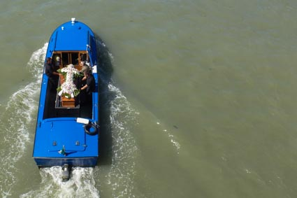 Funeral boat from Venice's Ponte dei Scalzi