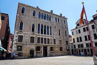 Venice-secrets-palazzo-zaguri-325-